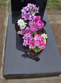 Надгробок_28
