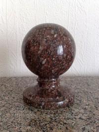 Кулі з граніту - гранитні кульки на оградку, купити кулі з каменю для забора